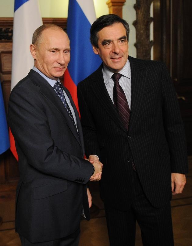 Vladimir Poutine (G) et François Fillon, le 18 novembre 2016 à Moscou