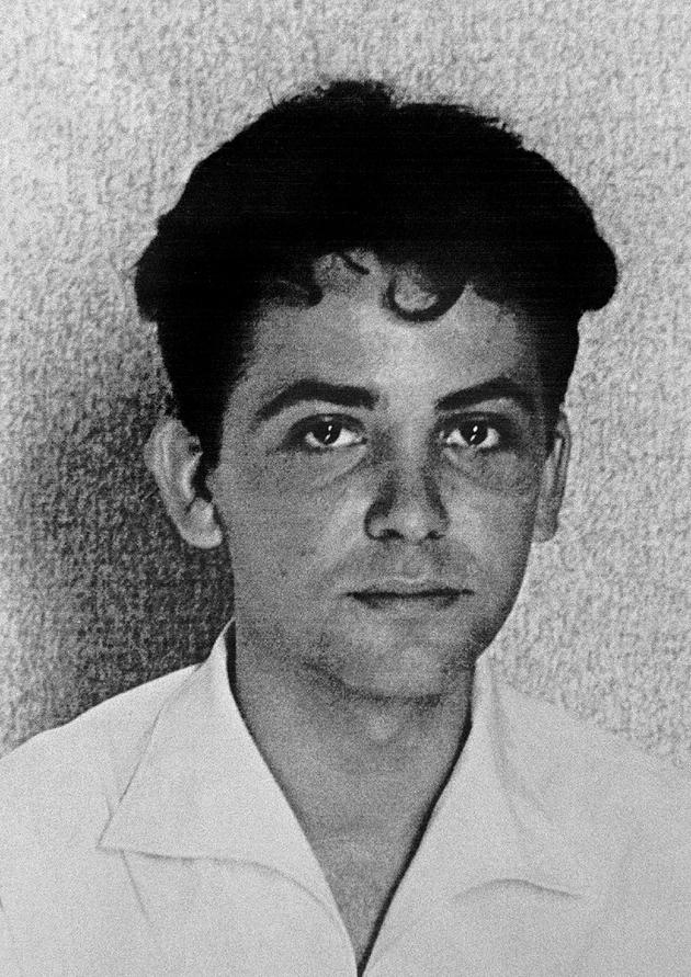 Photo non datée de Maurice Audin, assistant de mathématiques à la faculté d'Alger et membre du parti communiste algérien disparu après son arrestation, effectuée probablement par des parachutistes du général Jacques Massu, le 11 juin 1957, pendant la