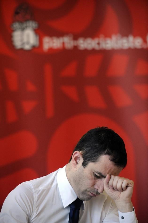 Le porte-parole du Parti socialiste (PS) Benoît Hamon participe à une réunion de travail sur la question du logement, le 18 mars 2009 au siège du PS à Paris