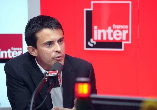 Manuel Valls participe à une émission politique sur France Inter, le 6 octobre 2011 à Paris