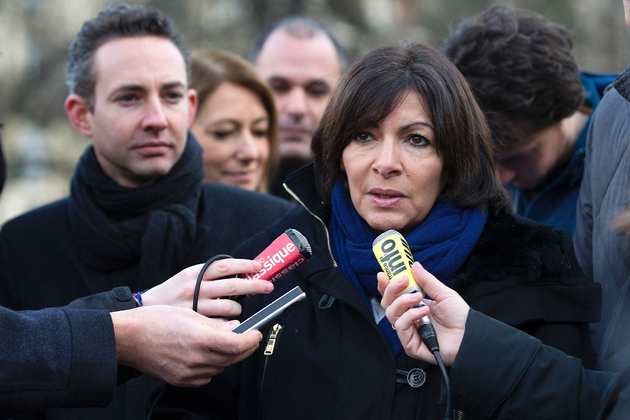 Ian Brossat au côté d'Anne Hidalgo en janvier 2014 à Paris