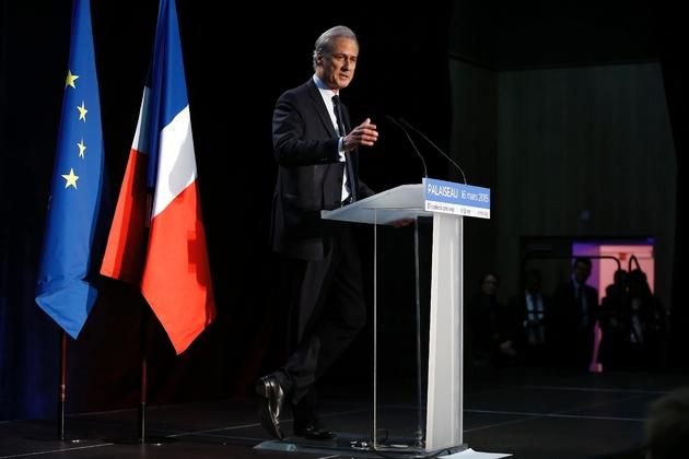 Georges Tron, maire de Draveil, à un meeting pour les élections départementales le 16 mars 2015 à Palaiseau près de Paris