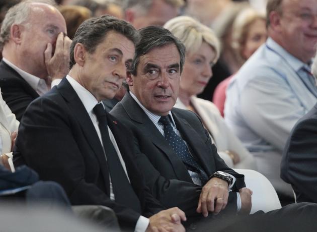 Nicolas Sarkozy et Francois Fillon lors du congrès fondateur des Républicains à Paris le 3 mai 2015
