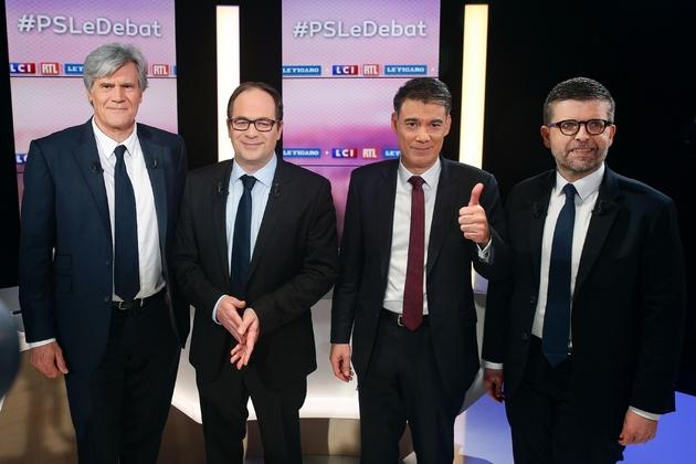 Les quatre candidats au poste de premier secrétaire du PS (de g à d): Stéphane Le Foll, Emmanuel Maurel, Olivier Faure et Luc Carvounas avant le débat télévisé qui les a opposés le 7 mars 2018, à Boulogne-Billancourt à côté de Paris