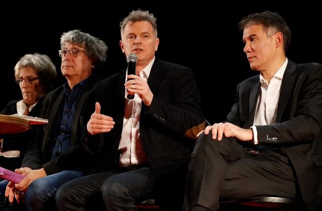 Eric Coquerel de La France Insoumise (à gauche), Fabien Roussel du PCF (centre) et Olivier Faure du PS (à droite), le 11 décembre 2019 à Saint-Denis, près de Paris, pour une réunion consacrée à la réforme des retraites