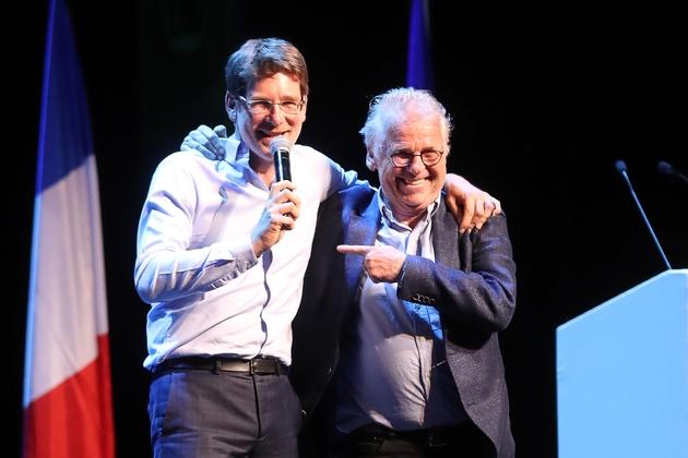 Pascal Canfin (g), n°2 de la liste LREM aux Européennes, et l'ancien député européen Daniel Cohn-Bendit, lors d'un meeting le 6 mai 2019 à Paris