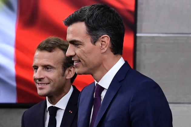 Le premier ministre espagnol Pedro Sanchez et le président français Emmanuel Macron à Madrid, le 26 juillet 2018
