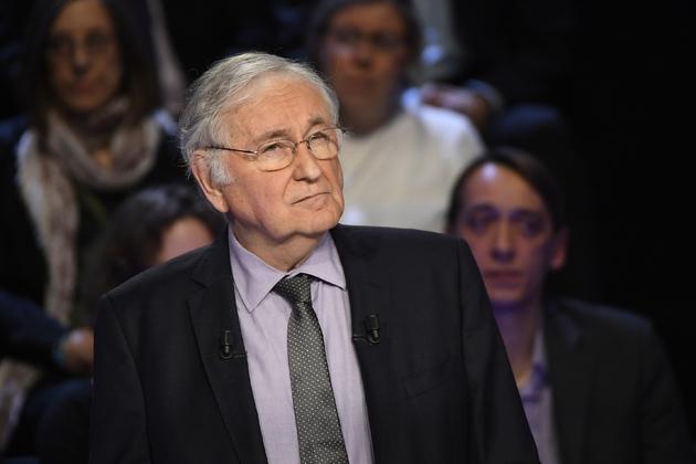 Le candidat du parti Solidarité et Progrès à l'élection présidentielle, Jacques Cheminade, lors du débat entre les 11 candidats, à La Plaine-Saint-Denis près de Paris, le 4 avril 2017