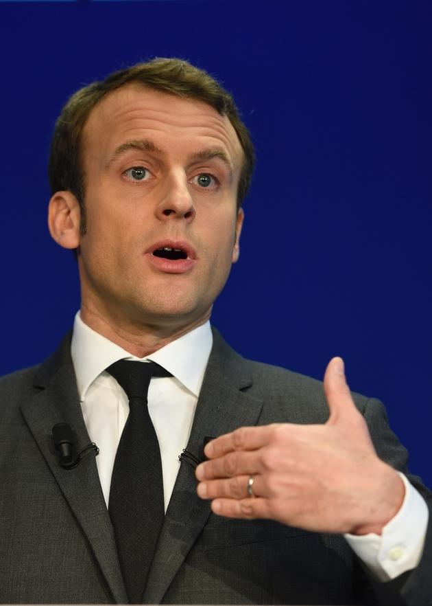 Le candidat à la présidentielle de 2017 Emmanuel Macron à Paris, le 19 janvier 2017