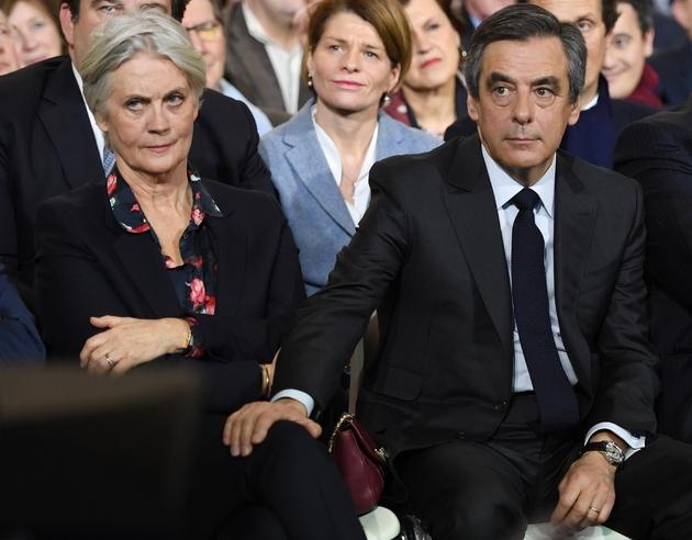 François et Penelope Fillon le 29 janvier 2017 lors d'un meeting de campagne à La Villette à Paris
