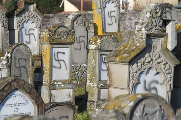 Le cimetière juif de Westhoffen où 107 tombes ont été profanée, à Westhoffen le 4 novembre 2019