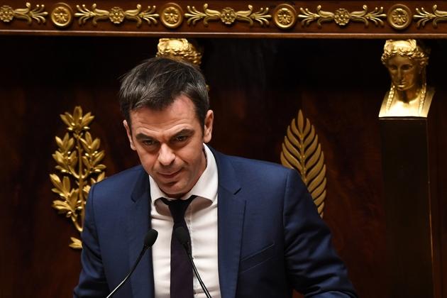 Olivier Véran, neurologue et député LREM, à la tribune de l'Assemblée nationale à Paris, le 20 décembre 2018