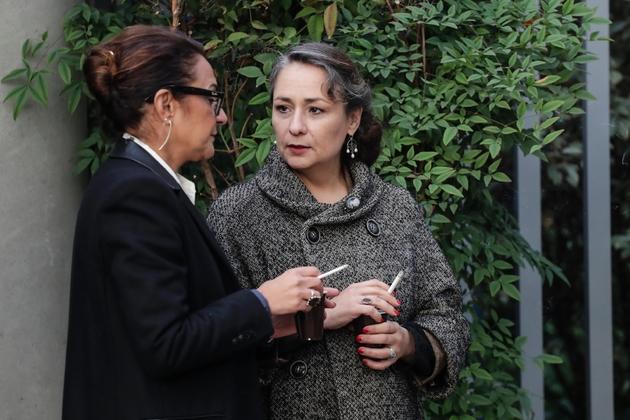 Eva Loubrieu, l'un des deux plaignantes arrive à la cour d'assises de Bobigny le 23 octobre 2018