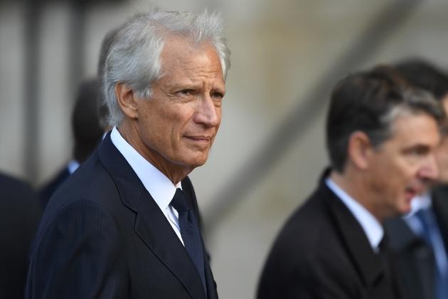 L'ancien Premier ministre Dominique de Villepin arrive à l'église Saint-Sulpice pour l'hommage solennel à Jacques Chirac, le 30 septembre 2019