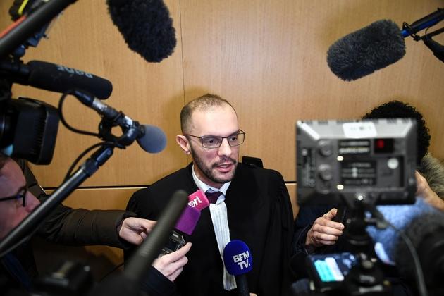 L'avocat d'Eric Drouet, Khéops Lara, fait une déclaration à la presse, le 15 février 2019 à Paris