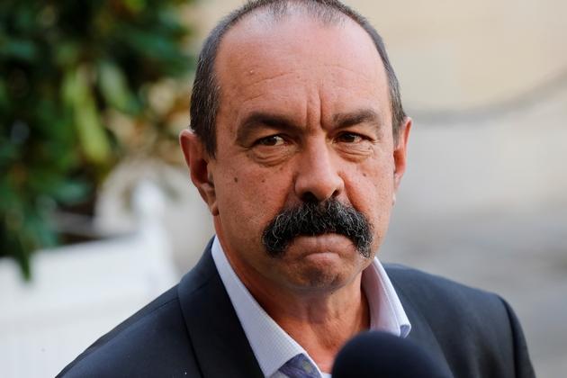 """Urgences: """"on est loin des attentes du personnel"""", estime le secrétaire général de la CGT, Philippe Martinez, ici le 6 septembre 2019 à Matignon"""