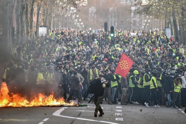 Manifestation de gilets jaunes à Toulouse, le 8 décembre 2018