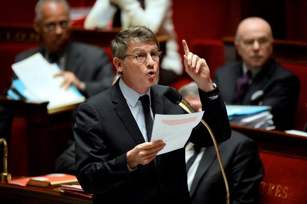 Vincent Peillon lors des questions au gouvernement le 11 février 2014 à l'Assemblée nationale à Paris
