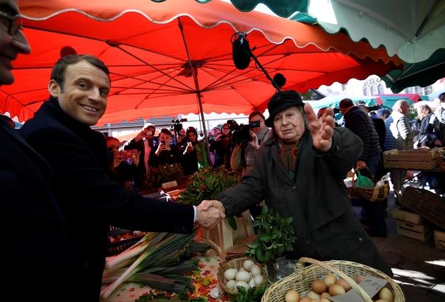 Dupont-Aignan: les manifestants de Yerres sont