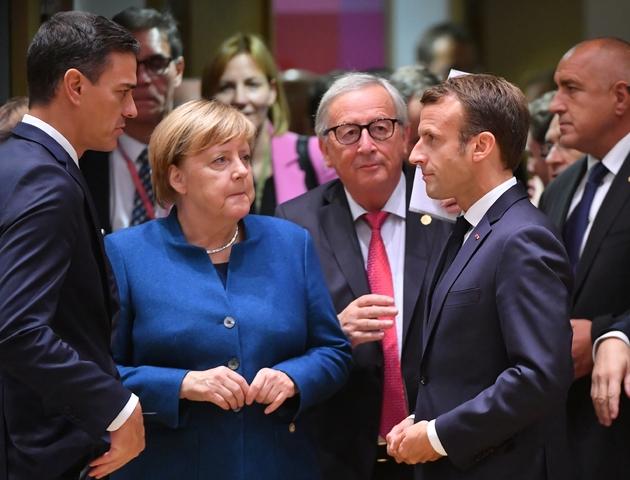 Pedro Sanchez, Angela Merkel, Jean-Claude Juncker et Emmanuel Macron à Bruxelles le 17 octobre 2018