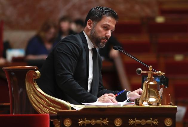 """Le député """"marcheur"""" Hugues Renson lors d'un débat à l'Assemblée Nationale le 28 juillet 2017"""