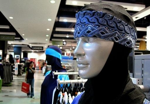 Des burkinis en vente dans un magasin de Dubaï, le 23 août 2009