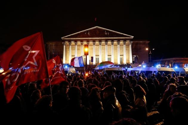 Rassemblement devant l'Assemblée nationale à Paris le 29 février 2020 pour protester contre le recours au 49-3