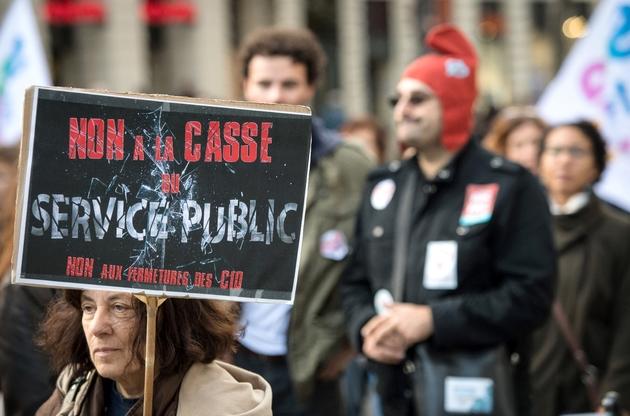 """Manifestation contre """"la destri=uction du service public"""", le 12 novembre 2018 à Marseille"""