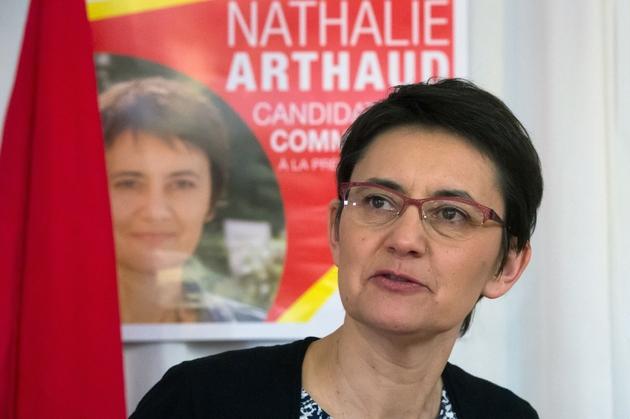 La candidate Lutte ouvrière à la présidentielle Nathalie Arthaud, lors d'une conférence de presse avant un meeting à Marseille, le 8 avril 2017