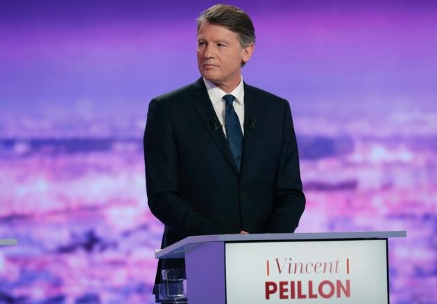Vincent Peillon sur le plateau de TF1 à La-Plaine Saint-Denis, le 12 janvier 2017.