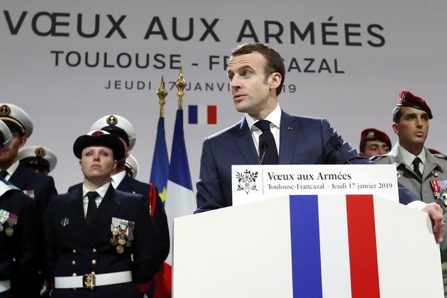 Emmanuel Macron lors de la cérémonie des voeux aux armées à la BA 101 de Toulouse-Francazal, le 17 janvier 2019