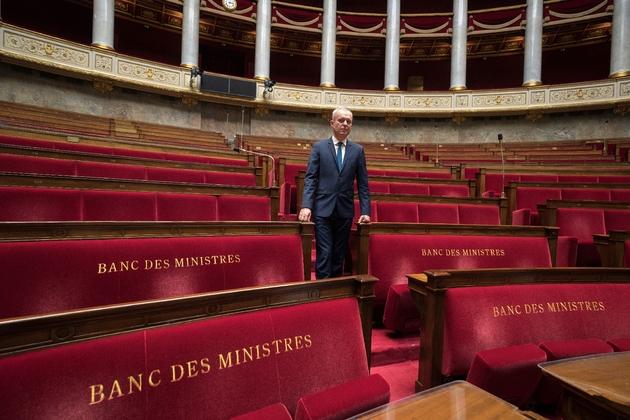 François de Rugy pose dans l'hémicycle de l'Assemblée nationale, le 16 octobre 2017