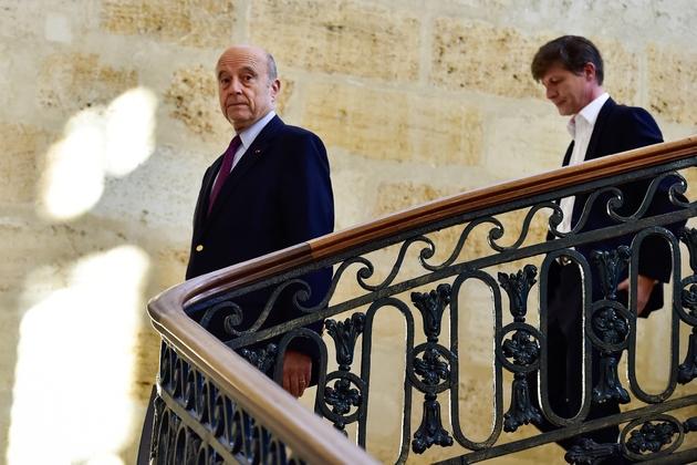 Alain Juppé suivi de Nicolas Florian, le 14 février 2019 à Bordeaux