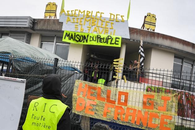 """Le bâtiment de Saint-Nazaire, qui a accueilli l'Assemblée des assemblées"""" de """"gilets jaunes"""" le 5 avril 2019, a été rebaptisé Maison du Peuple"""