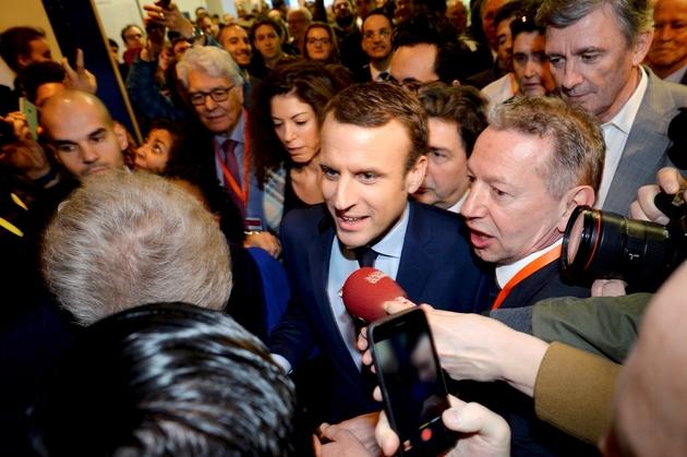 Emmanuel Macron en visite au Salon des Entrepreneurs le 2 février 2017 à Paris