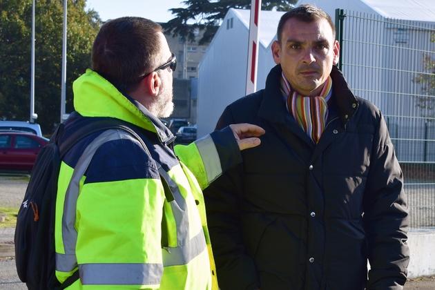 """Benjamin Cauchy porte-parole des """"gilets jaunes"""" en Haute-Garonne lors d'une manifestation à Toulouse le  21 novembre 2018"""