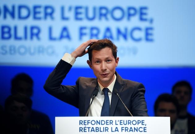 La tête de liste Les Républicains (LR) pour les élections européennes, François-Xavier Bellamy, au cours d'une réunion de campagne à Strasbourg, le 26 avril 2019