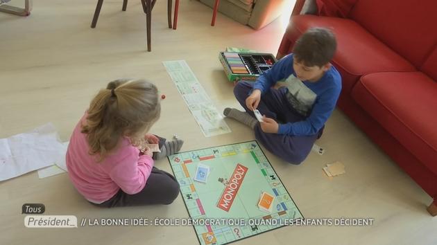 A la croisée des chemins, les enfants apprennent mais jouent autant qu'ils le veulent