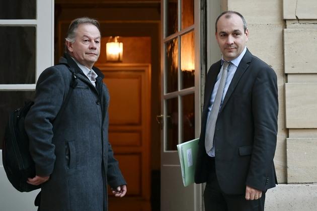 Le numéro un de la CFDT Laurent Berger (D) et Philippe Portier, secrétaire national, arrivent à Matignon le 30 novembre 2018