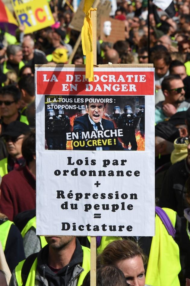 """Manifestation de """"gilets jaunes"""" à Bordeaux, le 16 mars 2019"""