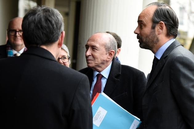 Edouard Philippe et le ministre de l'Intérieur Gérard Collomb (C), à Lyon, le 19 février 2018