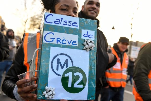 Dans le cortège de la manifestation du 11 janvier 2020 à Paris contre la réforme des retraites