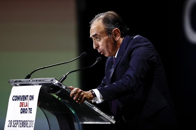 """Le polémiste Eric Zemmour fait un discours à la """"Convention de la Droite"""" à Paris, le 28 septembre 2019"""