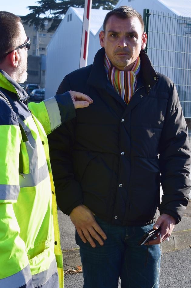 """Benjamin Cauchy en compagnie d'un """"gilet jaune"""" à Toulouse le 21 novembre 2018"""