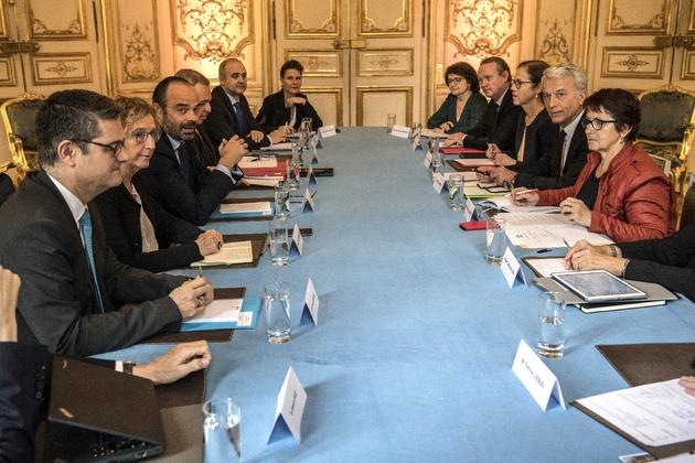 A Matignon le 29 novembre 2018, Edouard Philippe démarre, avec les élus locaux, un marathon d'entretiens avec les membres du Conseil national de la transition énergétique (CNTE)