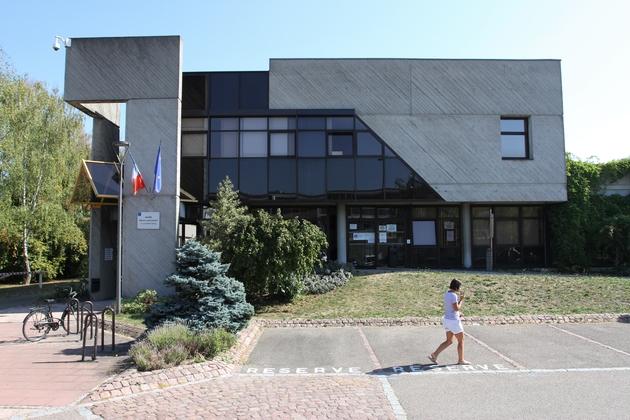La mairie d'Ostwald, dans le Bas-Rhin.