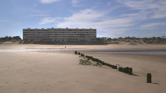 """Le bâtiment """"le signal"""", à Soulac-sur-mer"""