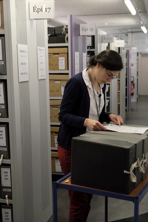 Les archives privées de la famille Veil représentent 80 mètres de carton