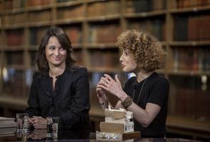 Nina Bouraoui et Abnousse Shalmani sur le plateau de Livres&vous