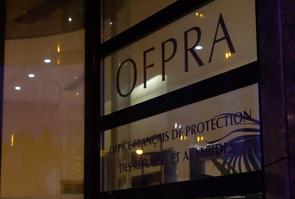 Fenêtre avec le logo de l'OFPRA